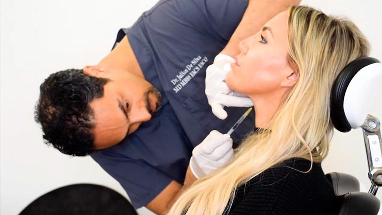 Non-surgical treatment performed by Dr Julian De Silva