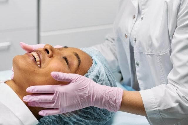 Chemical peels have several benefits including reducing fine lines, scars, and wrinkles.