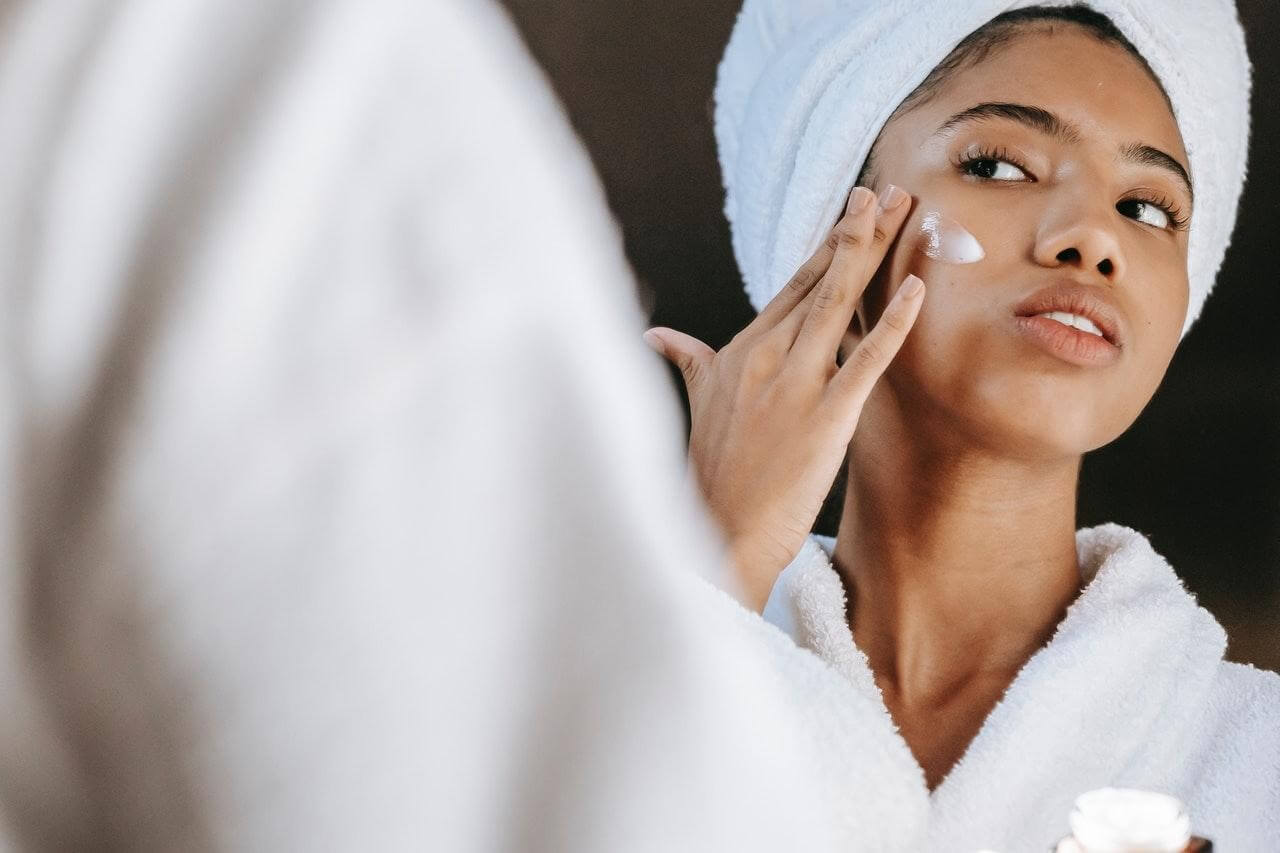 Chemical peels reduce the appearance of mild scars.