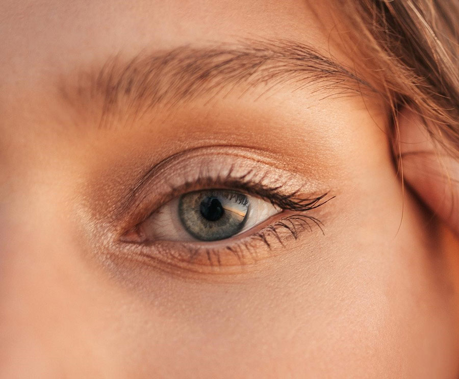 Dermal fillers are used during non-invasive eyelid lifting.